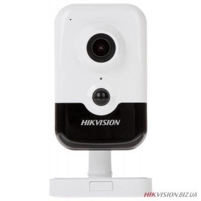 3 Мп IP видеокамера EXIR Hikvision DS-2CD2435FWD-IW